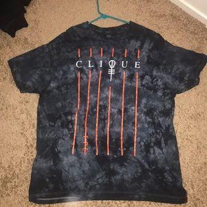 New clique hot topic T shirt